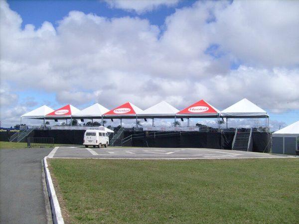 Locação de Tenda Pirâmide 7X7 em Curitiba