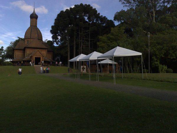 Locação de Tenda Pirâmide 3X3 em Curitiba